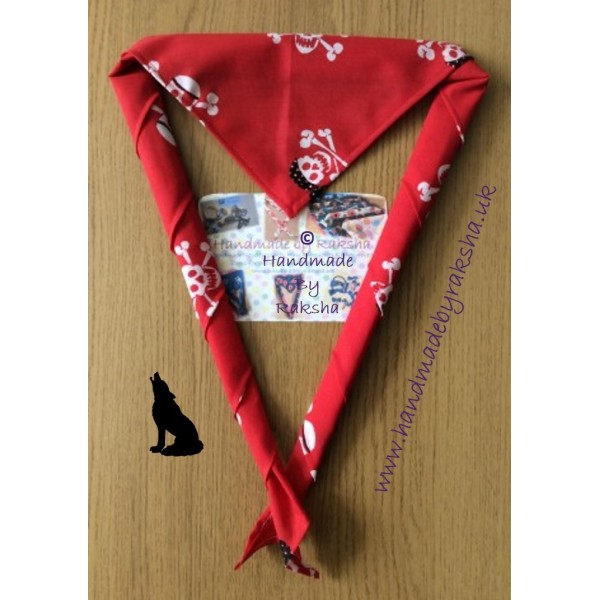 Red Pirate Skulls Scarf