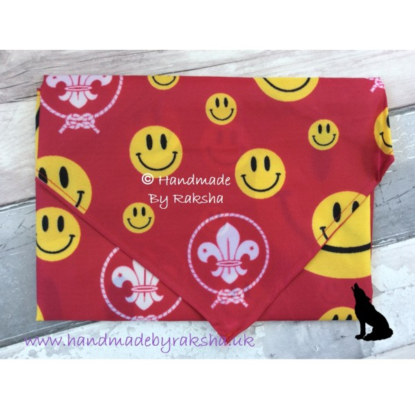 World Scout Fun Face Scarf Pink